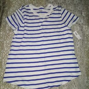Old Navy t-shirt size large NWT